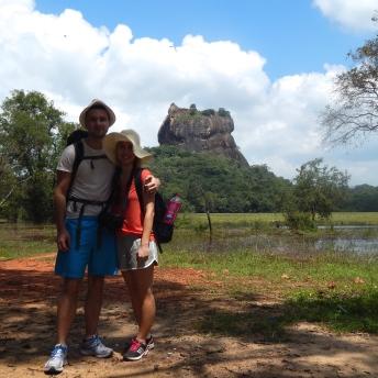 Společná fotka před Sigiriya Rock
