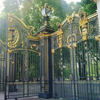 Hlavní brána do Green Parku