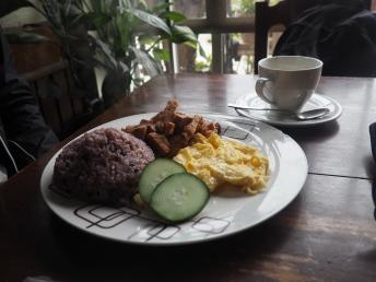 Snídaně v Yoghurt House